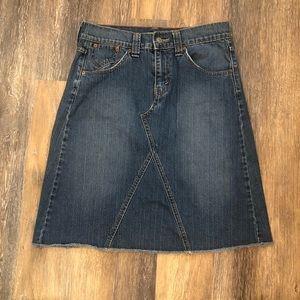 Levi Denim Skirt Raw Edge Blue Jean Knee Length